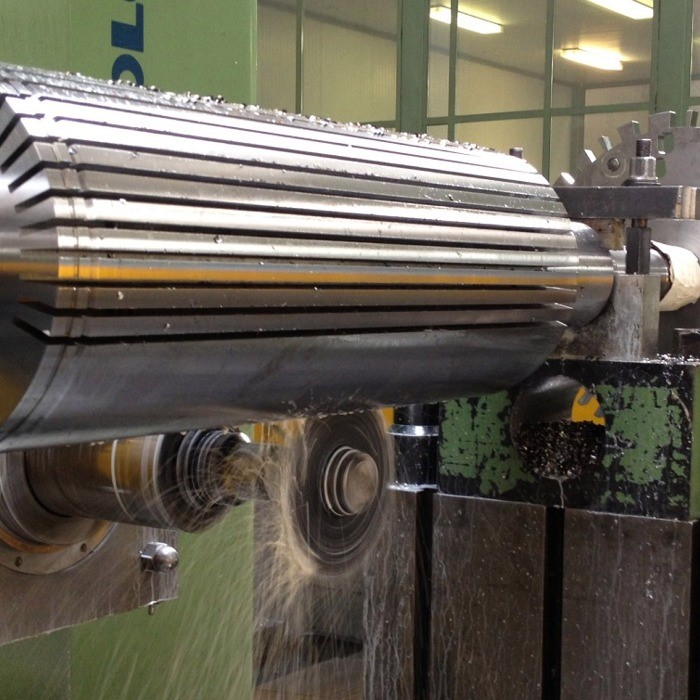 Machining of rotor generator