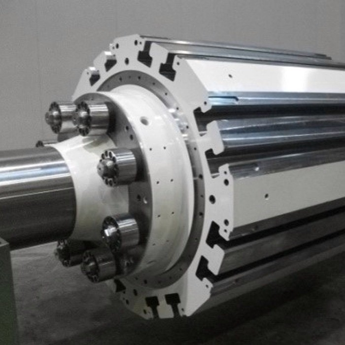 Rotor shaft for hydroelectric power plant